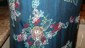GORGEOUS INDIAN PAKISTANI EMBROIDERED CHIFFON PARTY DRESS Kitchener / Waterloo Kitchener Area image 8