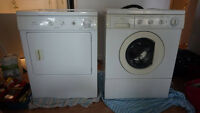 Laveuse Secheuse, washer dryer