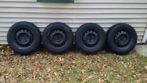 4 BF Goodrich Winter Slalom Winter Tires on Rims - BARELY USED!