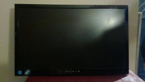"24"" led tv,dvd combo,hdmi,and monitor,mint"