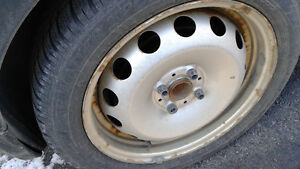 4 Winter Tires with rims (used on Mini Cooper) /4 Pneus d'Hiver West Island Greater Montréal image 2