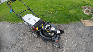 8.5 HP Platinum Series in Great Condition - Self Propelled