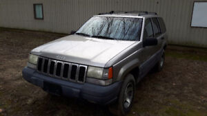 1998 Jeep Grand Cherokee Laredo SUV, Crossover