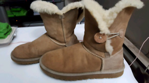 84b6be6222 Ugg boots