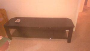 Two levels TV stand