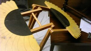 Sun Flower fold up Table - for inside or out Kitchener / Waterloo Kitchener Area image 4