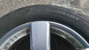 one VW 205/55 R16 alloy Rim and tire