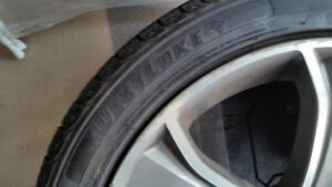 Landrover 4 wheels with tires