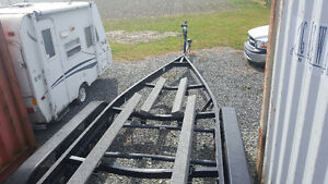 3 axel boat trailer - used twice!