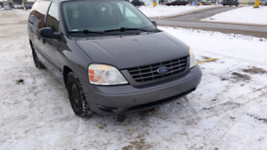 2006 Ford Freestar ,7 seater ,3rd row stow and go