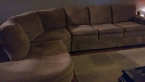 sectional sofa/hideabed