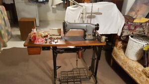 Singer Industrial Sewing Machine 331K2