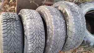 195 70 r14 Goodyear Nordic snow tires