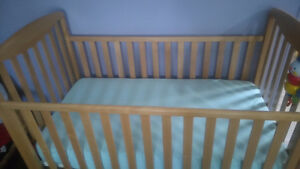 Strong and sturdy natural solid wood baby crib
