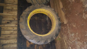 2 30 inch tractor rims