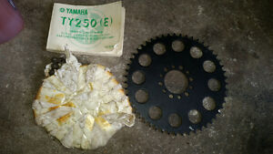 Yamaha TY250 (E) gear & chain, brand new