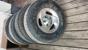 4 Dodge Rims and tires only $500 265 75 r16