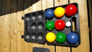 Bocce set with case