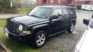 Very Nice 2008 Jeep Patriot 4x4 - North Edition...  $4500obo