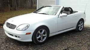 2002 Mercedes-Benz SLK- 320 décapotable