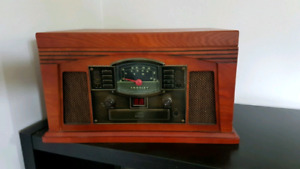 Crosley Turntable, Cd, Cassette, & Radio Combo