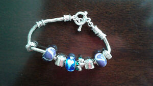 Bracelet with blue glass beads