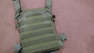Brand New American Plate Carrier w/Training Plates