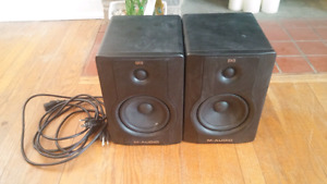 M-Audio BX5 Powered Monitors