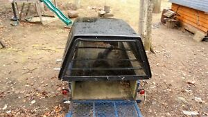Ford F150 Truck cap in good condition