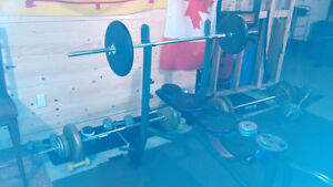 Weight bench + weights and accessories