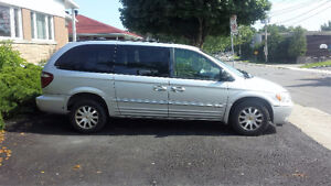 2002 Chrysler Town & Country LXi Fourgonnette, fourgon