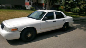 2009 Crown Victoria (Ex Police K9 Vehicle) with 165000 kms