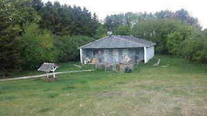 160 ACRES  FIELDSTONE HOUSE...MANY OUTBUILDINGS !  IN DOOR POOL Regina Regina Area image 5