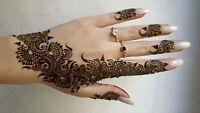 Expert in Bridal Mehndi