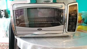 Oster 6 Slice Digital Convection Toaster Oven, Stainless Steel