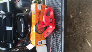 14 in. Black and decker hedge trimmer