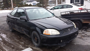 Honda Civic 500$