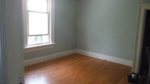 available sept 1, close to downtown,upstair apartment in a semi