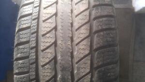 4 pneus d hiver 225/55R17 a vendre