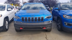 BRAND NEW 2019 Cherokee Trailhawk ( 2km) MY LOSS YOUR GAIN!