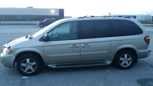 *1599*Fully loaded dodge grand caravan