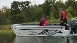 2017 Smoker-craft SPORTSMAN 1866