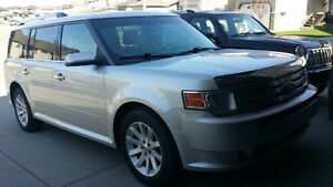 2012 Ford Flex sle SUV, Crossover, Best Priced 2012 AWD on Kijij