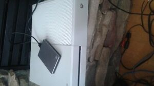 xbox one plus two games and controller