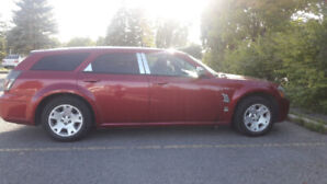 2007 Dodge Magnum Red GREAT Condition
