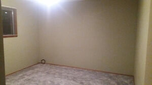 ROOM FOR RENT (Capilano Mall) FEMALE ONLY