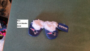 NEW Patriots sz 3-6 months slippers