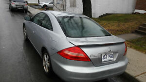 Honda accord coupe 2003 cuir 4 cylindre