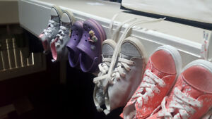 Toddler girls shoes size 8/9