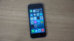 IPHONE 5S 16GB $190 *BELL/VIRGIN* MINT CONDITION